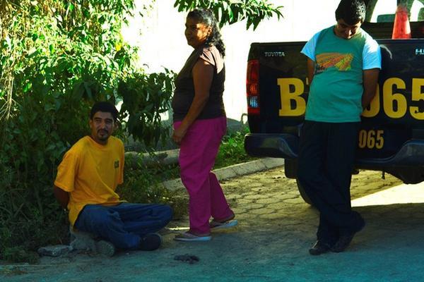 """<p>Allanamiento fue llevado a cabo en la comunidad Hacienda de la Virgen, en Salamá. (Foto Prensa Libre: Carlos Grave)<br _mce_bogus=""""1""""></p>"""
