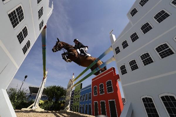 La prueba de salto en los Juegos Olímpicos ha sido un espectáculo. (Foto Prensa Libre: AP)