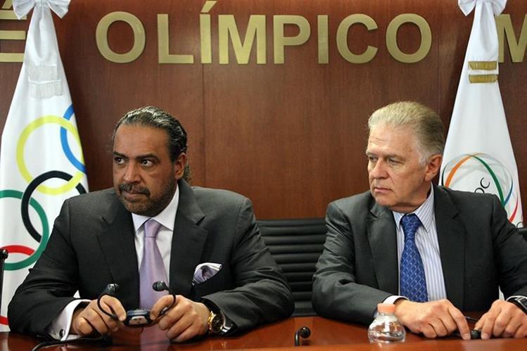 Un blanco más importante en la causa en Estados Unidos pudiera ser el veterano funcionario olímpico jeque Ahmad al-Fahad al-Sabah, de Kuwait, izquierda. (Foto Prensa Libre: Tomada de Internet)