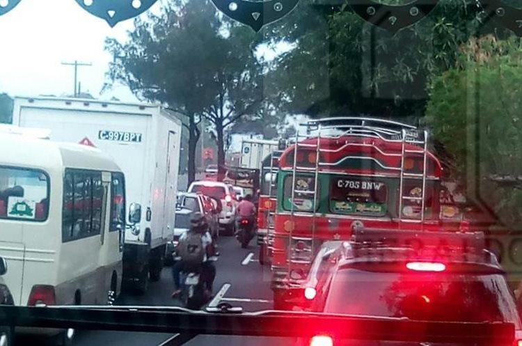 Congestionamiento ocasionado por la protesta. Foto Prensa Libre:@ElHeraldoGua
