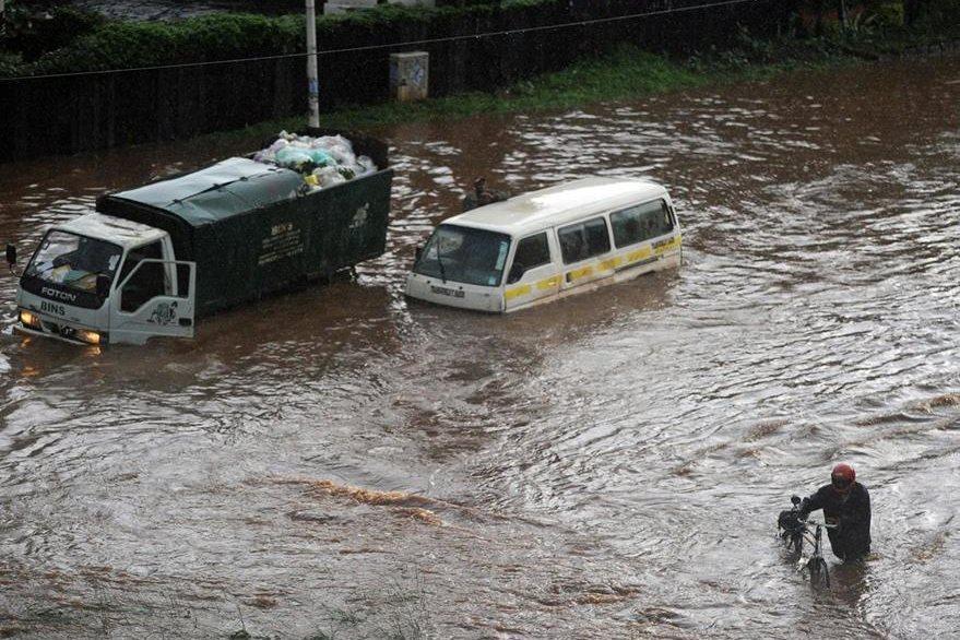 Las lluvias han afectado gran parte del país en los últimos días. (Foto Prensa Libre: AFP).