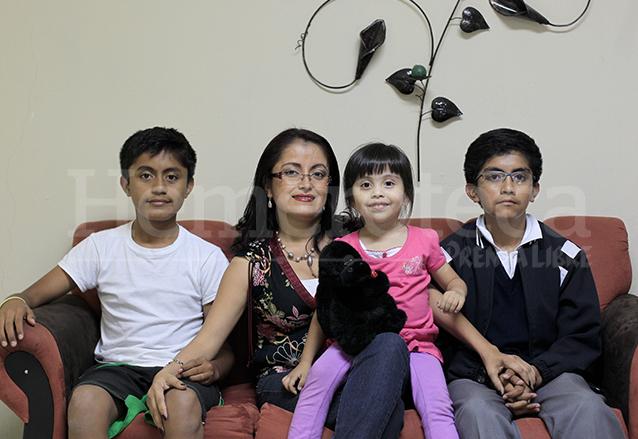 Colomba Morales es madre de dos niños y una niña. (Foto: Hemeroteca PL)