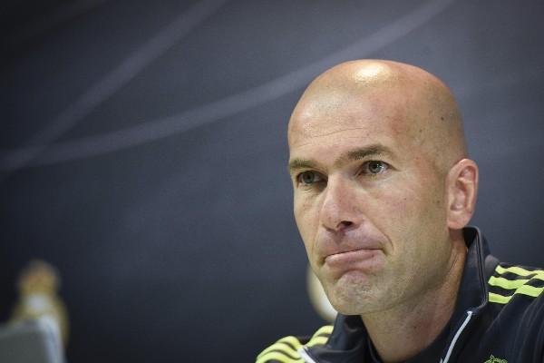 Zidane confía en que el Real Madrid todavía pueda ganar la Liga. (Foto Prensa Libre: EFE)