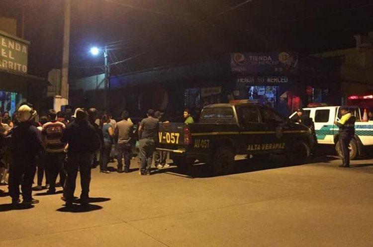 Lugar donde se registró el ataque contra el locutor Edwin Alexánder Castañeda Choc, en Cobán. (Foto Prensa Libre: Eduardo Sam).