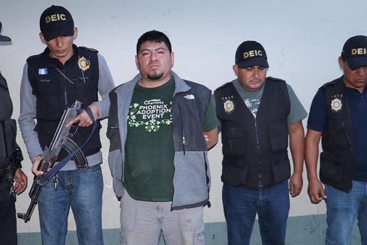 Osberto Román Miculax es señalado de varios delitos. (Foto Prensa Libre).