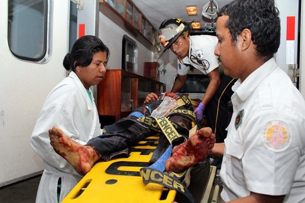 """<p>Vinicio Molina Tunay, de 19 años, murió cuando era ingresado al hospital nacional de Retalhuleu. (Foto Prensa Libre: Rolando Miranda) <br _mce_bogus=""""1""""></p>"""