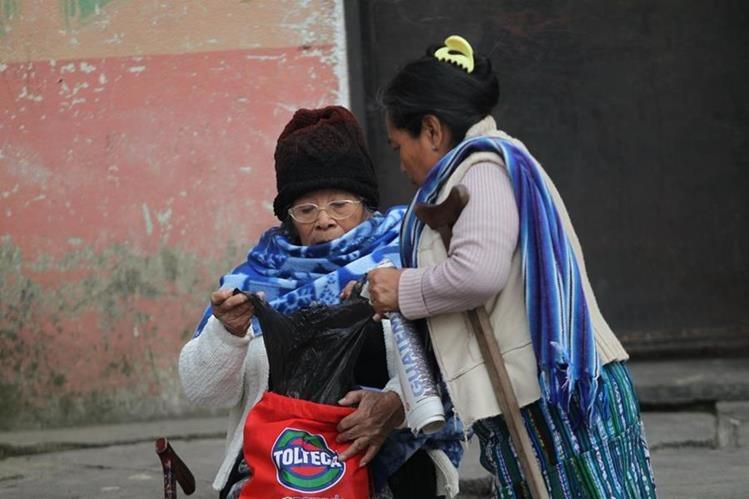 El Insivumeh recomienda abrigarse bien, principalmente por la noche y madrugada, por el ingreso de heladas. (Foto: Hemeroteca PL)