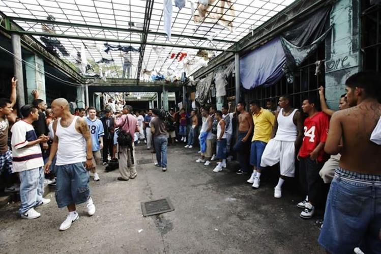 Se fugan de la cárcel 22 miembros de la Mara 18 — Honduras