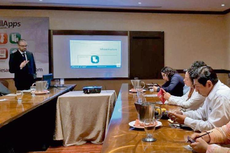 Bismarck Pineda, investigador del Cien, presentó las recomendaciones para mejorar la infraestructura del país, centradas en tres ejes.