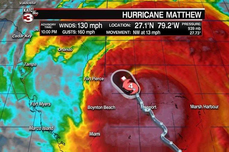 Unos 80 mil guatemaltecos que viven en la Florida serían afectados por el paso de Matthew. (Foto Prensa Libre)