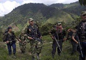 Rebeldes de las Fuerzas Armadas Revolucionarias de Colombia, en proceso de paz con el Gobierno de ese país. (Foto Prensa Libre: AP).