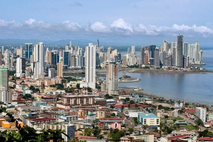 La capital de Panamá es un contraste entre el modernismo y el desorden urbano. (Foto Prensa Libre: Internet)