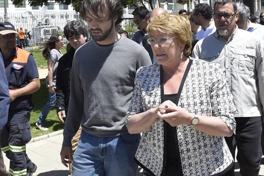 La presidenta de Chile, Michelle Bachelet llega a Valparaíso. (Foto Prensa Libre: EFE).