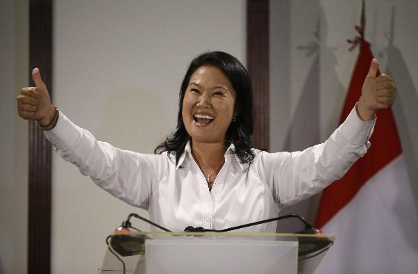Keiko Fujimori, celebra el triunfo en primera vuelta.(AP).