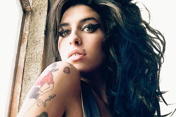 """""""Amy"""" incluirá imágenes inéditas de la vida de la cantante británica. (Foto Prensa Libre, tomada de Billboard)"""