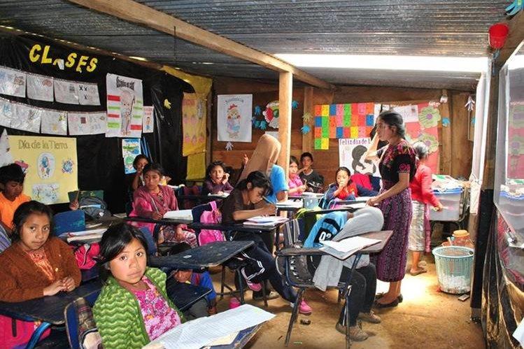 Con el cambio de la fecha de vacaciones, los estudiantes y maestros tendrán un descaso de 10 días (Foto Prensa Libre: Hemeroteca PL).