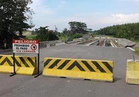 Ampliación de la carretera a cuatro carriles de aldea Cocales, Patulul, hasta la frontera con México, a cargo de Odebrecht.(Foto Prensa Libre:Hemeroteca PL)