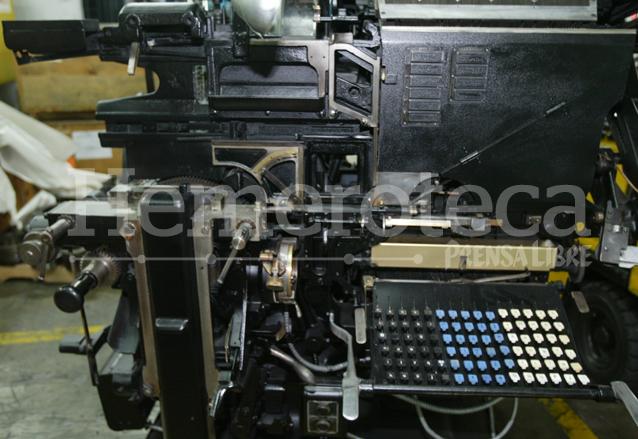 Maquina para levantado de texto en linotipo, con la que se imprimieron los primeros ejemplares de Prensa Libre. (Foto: Hemeroteca PL)