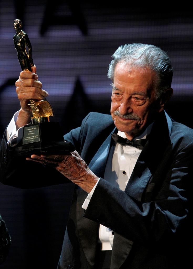 Mario Almada recibió en mayo de 2013 el Ariel de Oro en reconocimiento a su trayectoria. (Foto Prensa Libre: AP)
