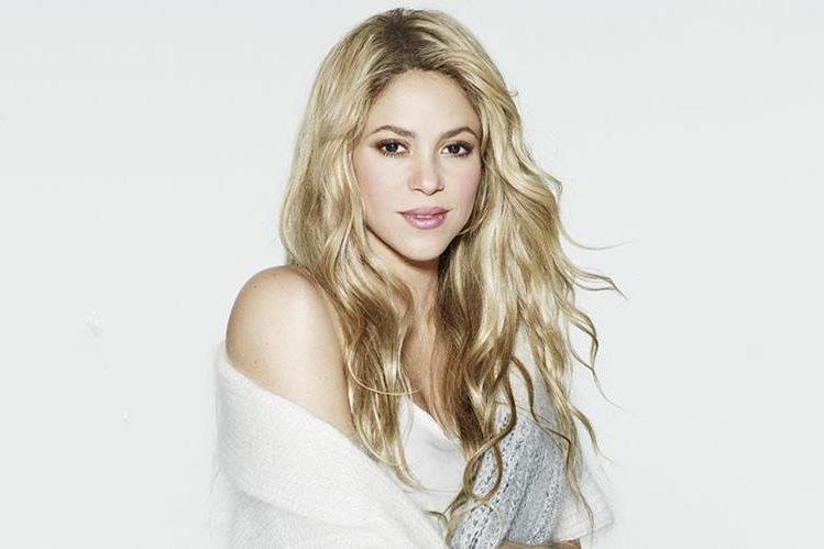 """Shakira vio el video de una de las presentaciones de Shakibecca, su doble, durante la promoción de su nuevo álbum """"El Dorado"""". (Foto Prensa Libre: El Heraldo)."""