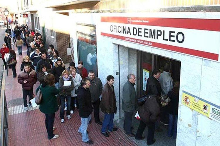 El crecimiento económico está impulsando el mayor empleo. (Foto Prensa Libre: EFE)