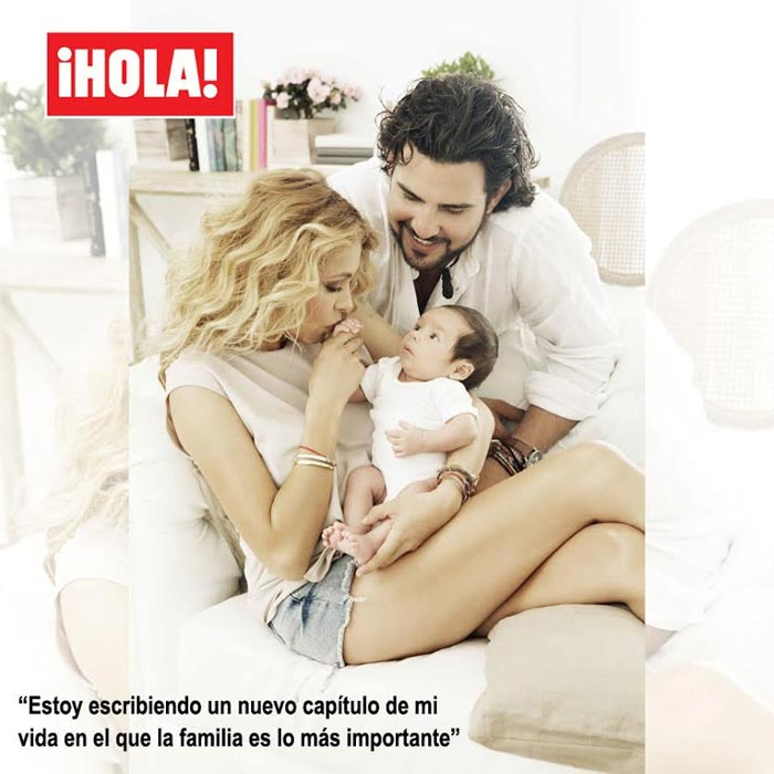 Paulina posa junto a su hijo y su pareja, Gerardo Bazúa.(Foto Prensa Libre: ¡Hola!)