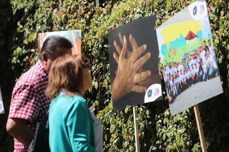 Varias pinturas con mensajes contra la violencia fueron expuestas en la zona 4