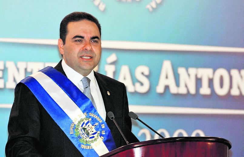 Elías Antonio Saca, durante una actividad en el 2009. (Foto Prensa Libre: AP).