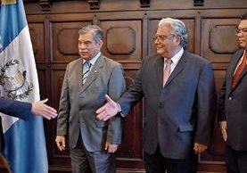 Juramentación de los directivos de CNEE, Julio Campos, Minor López y Miguel Santizo.