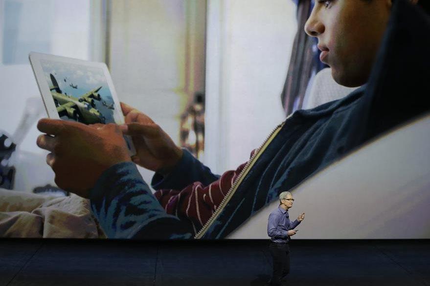 El Ipad Pro promete ser más rápida que el 80 por ciento de las computadoras portátiles. (Foto Prensa Libre: AP)