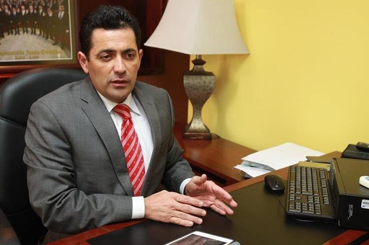 Óscar Chinchilla, de Creo, fue electo el 8 de noviembre para presidir el Congreso en el 2017, con el apoyo de FCN-Nación. (Foto Prensa Libre: Estuardo Paredes)