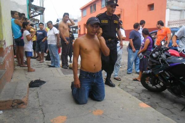 Nery rojas  fue vapuleado y entregado a la Policía,  en Chiquimula.