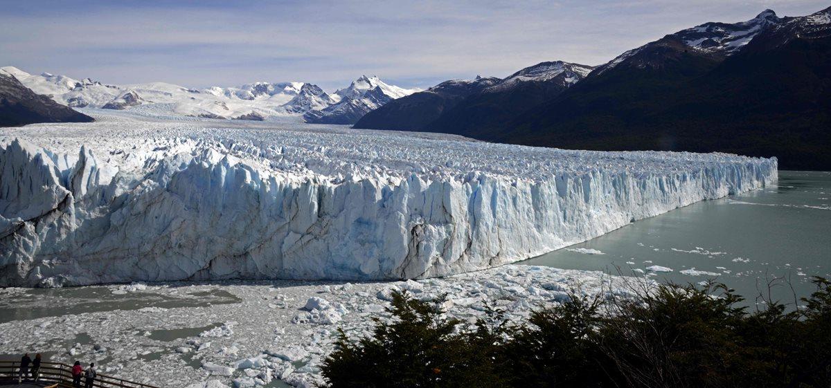 Panorámica del glaciar Perito Moreno en el Parque Nacional Los Glaciares, Santa Cruz, Argentina. (Foto Prensa Libre: AFP).