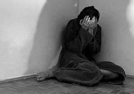 La violencia económica es una forma de ejercer control sobre la mujer (Foto Prensa Libre: Hemeroteca PL)