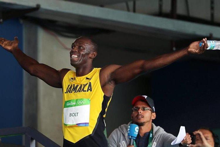 El rayo Bolt competirá este domingo en las semifinales de los 100 metros. (Foto Prensa Libre: EFE)