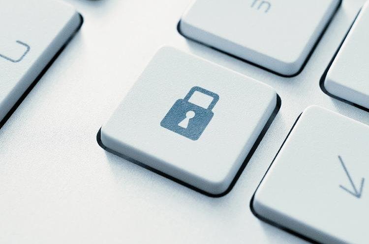 Es posible protegernos de ataques y robo de datos a nivel empresarial y personal.