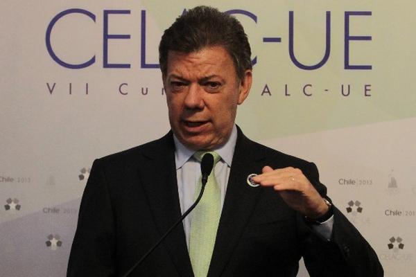 Juan Manuel Santos, presidente de Colombia, afirma que continuará su lucha contra la guerrilla.