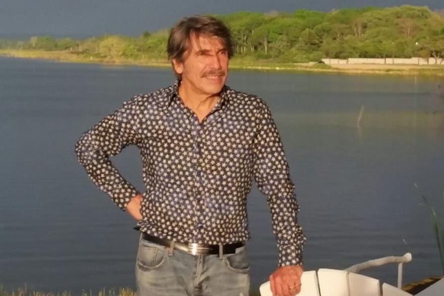 Diego Verdaguer, en la isla de Flores. (Foto Prensa Libre: Rigoberto Escobar)