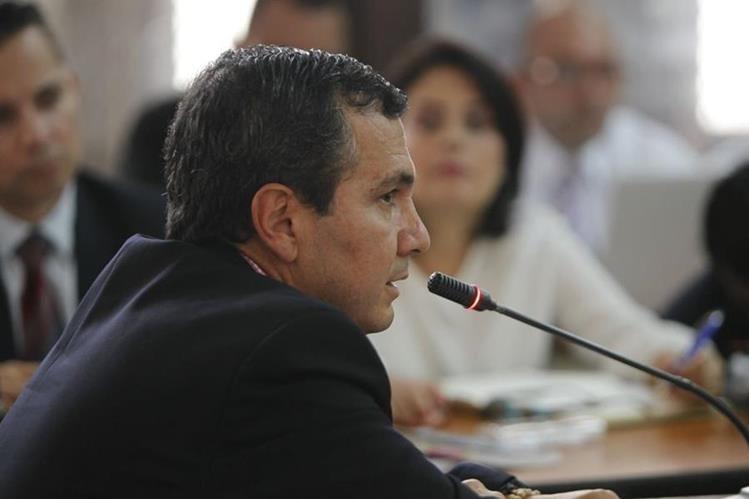 Álvaro Mayorga de la empresa Conasa rindiendo su primera declaración en el caso Construcción y Corrupción. (Foto Prensa Libre: Paulo Raquec)