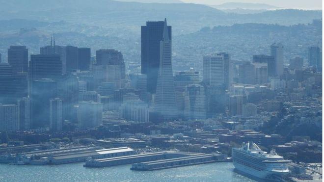 El Servicio Nacional del Tiempo emitió una alerta para la zona de San Francisco, donde el humo comenzó a llegar este miércoles. GETTY IMAGES