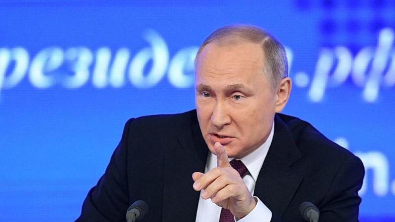 Vladimir Putin condena el bombardeo de Estados Unidos a una base siria. (Foto Prensa Libre: AFP)