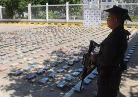 Según autoridades de EE.UU., narcotraficantes colombianos pudieran producir hasta 646 toneladas de cocaína. (Foto HemerotecaPL: Policía de Colombia)
