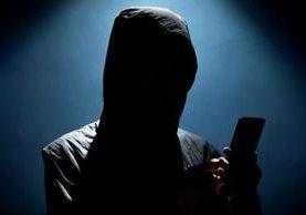 Hay varios indicios que te pueden resultar muy útiles para saber si tu teléfono cayó en manos de los hackers. GETTY IMAGES