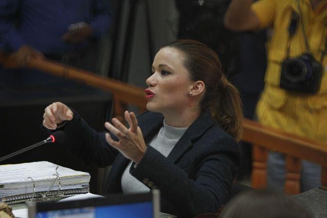 Daniela Beltranena explica su relación con Roxana Baldetti. (Foto Prensa Libre: Paulo Raquec)