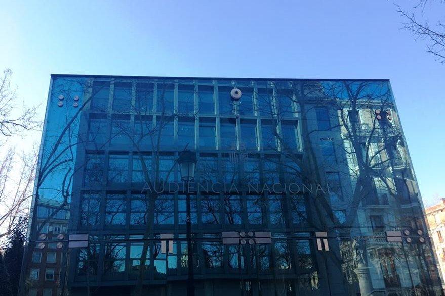 Edificio de la Audiencia Nacional española donde se desarrolla el juicio contra Carlos Vielmann. (Foto Prensa Libre: Ximena Villagrán)