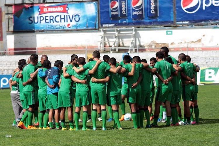 Xelajú MC necesita una victoria ante Marquense para mantener su ventaja en el primer lugar del Apertura 2015.