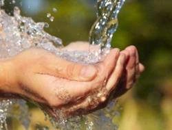 El resguardo del agua representa un ahorro para la economía y una ayuda a la conservación de ese recurso. (Foto Prensa Libre: HemerotecaPL)