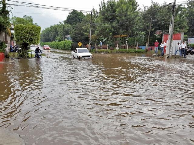 Antigua Guatemala, Sacatepéquez, presenta problemas de  inundaciones, lo que afecta el ornato de la ciudad colonial.