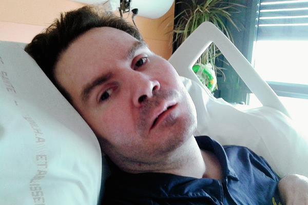 Vincent Lambert  se encuentran en coma por accidente de tránsito desde el 2008. (Foto Prensa Libre:AP).
