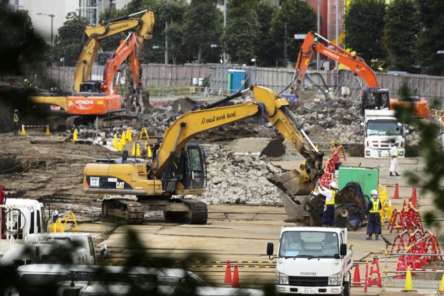 La infraestructura es uno de los rubros que más inversión necesita Tokio. (Foto Prensa Libre: EFE)